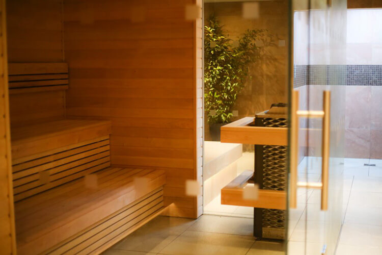 nrtherwood spa traditional sauna